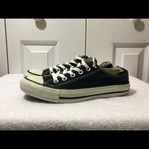 Converse Shoes - Black Converse All star low top Women's size 7